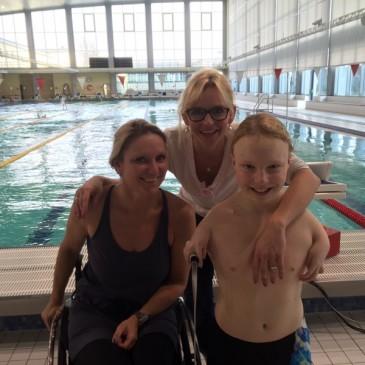 Josia Topf aus München und Neele Labudda aus Lübeck / Schleswig-Holstein beides Nachwuchsathleten im paralympischen Sport/Schwimmen